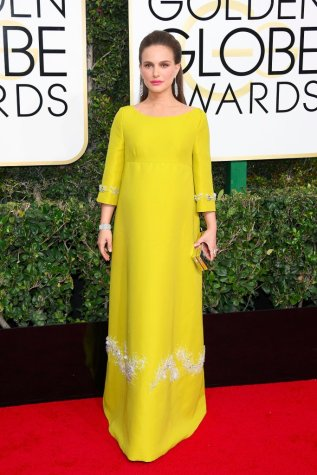 natalie-portman-prada-dress-golden-globe-awards-2017
